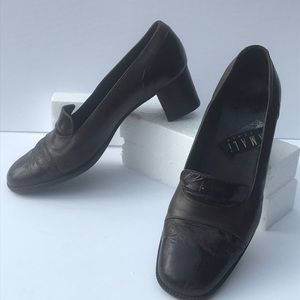 Dark brown Amalfi Italian-made leather pumps